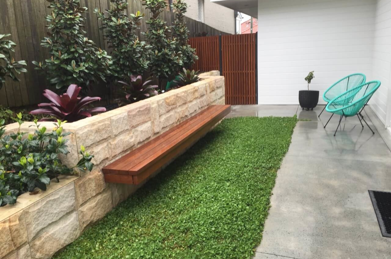The Backyard New Luxury Home – Manly The Right Builder