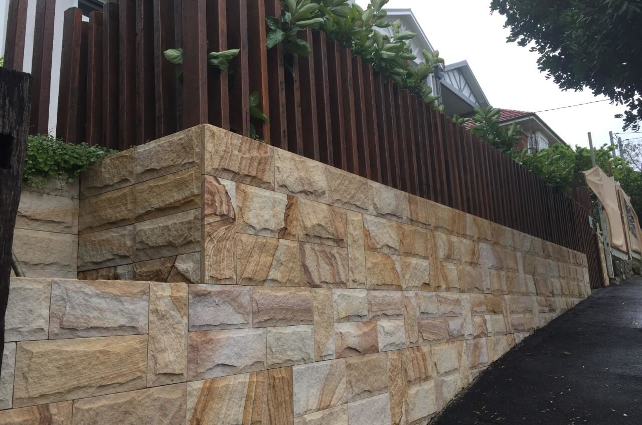 The finished Fence New Luxury Home – ManlyThe Right Builder